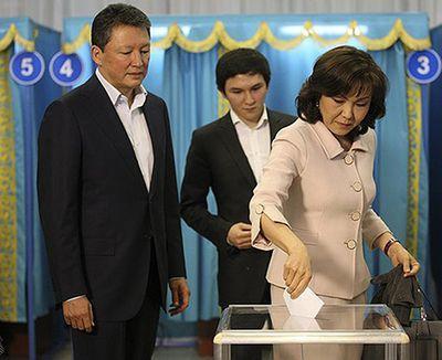 семья тимура кулибаева фото