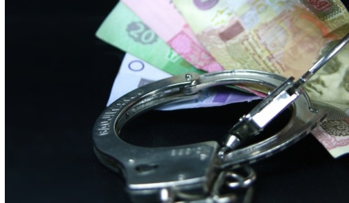 На взятке в 52 тысячи гривен погорели три одесских милиционера