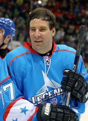 Кровавый депутат-хоккеист Юревич