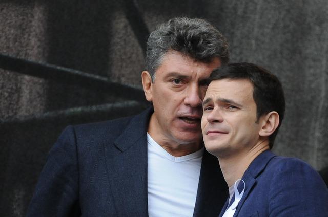 Близкий соратник Немцова не смог раскрыть детали его доклада по Донбассу