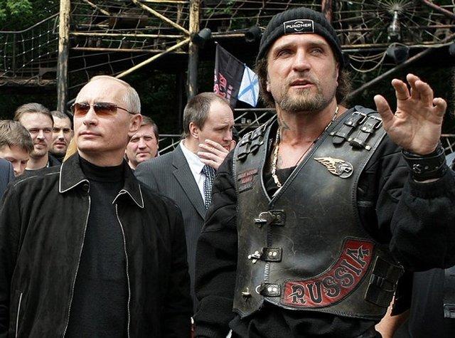 Портников: Американцы наконец поняли, что Путин окружен психопатами
