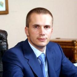 Старший сын Януковича заявил о готовности побороться за «Всеукраинский банк развития»