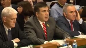 Саакашвили и Каспаров уговаривали США дать Украине оружие