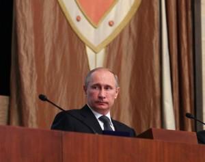 Похоже, у Путина, действительно, неотложная встреча. А после нее — сразу на сковородку…