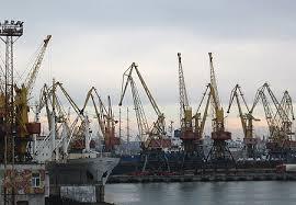 «Семейные торги»: порт «Южный» заключил многомиллионную топливную сделку