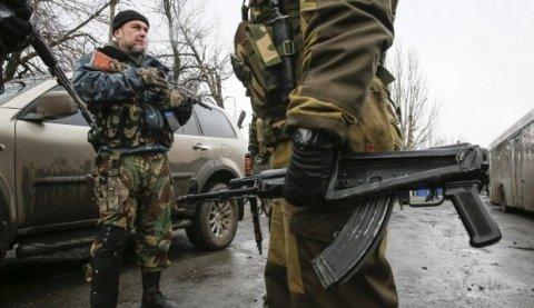Тымчук: Боевики грабят мирных жителей, прикрываясь «поиском шпионов»