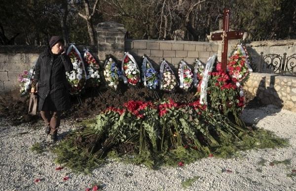Чиновник объяснил, почему Януковича похоронили на воинском кладбище