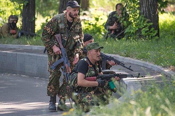 В Донецке разгорелся жестокий бой между ДНР и казаками