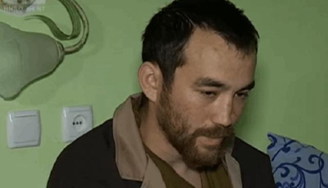 Пленный Ерофеев боится пользоваться бритвой, которую ему подарил консул России