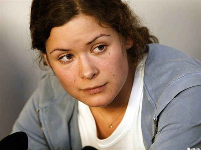 Как Гайдар отказалась от российского гражданства?