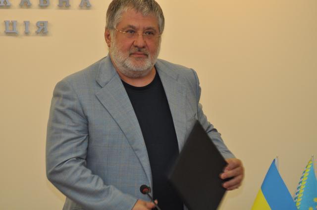 Стало известно, как в день задержания Корбана злой Коломойский звонил Авакову