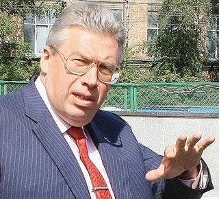 Андрея Чернякова тянут с орбиты