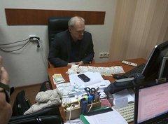 В Киеве на взятке в 44 тысячи гривен с поличным задержан начальник управления Киево-Святошинской налоговой