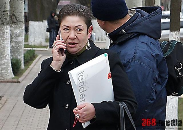 В Николаеве общественник за взятки решал проблемы правоохранителей