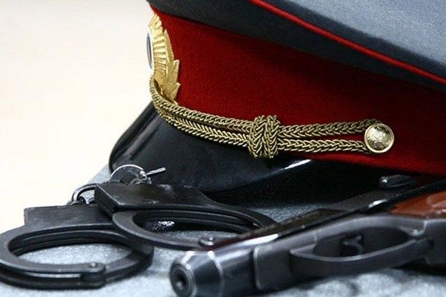 Полицейского из управления по борьбе с коррупцией задержали за взятку в 6,3 млн рублей