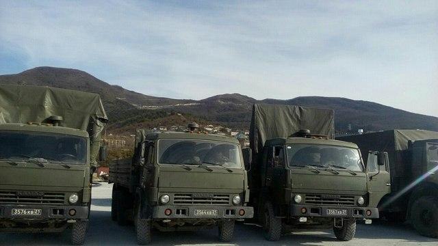 Логистика смерти: откуда уплывают и кто отправляет российские авиабомбы и снаряды в Сирию