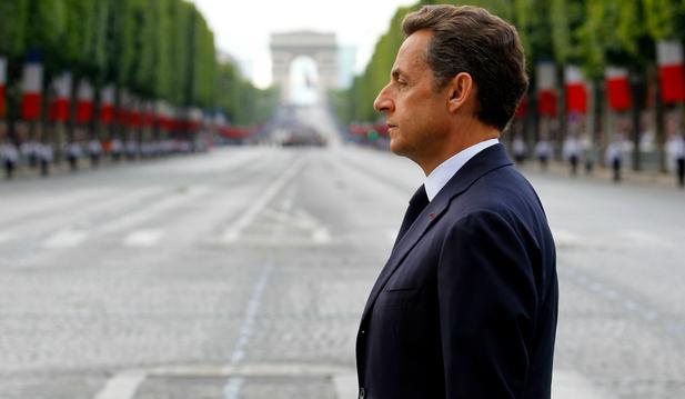 Экс-президент Франции Николя Саркози арестован по обвинению в контрабанде наркотиков на 35 миллионов фунтов