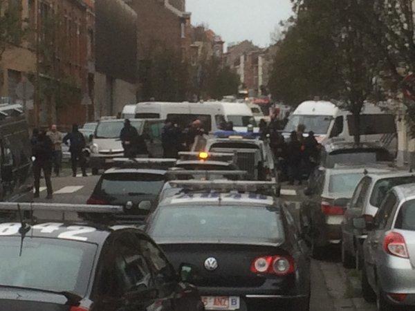 В Брюсселе в ходе полицейского рейда началась перестрелка
