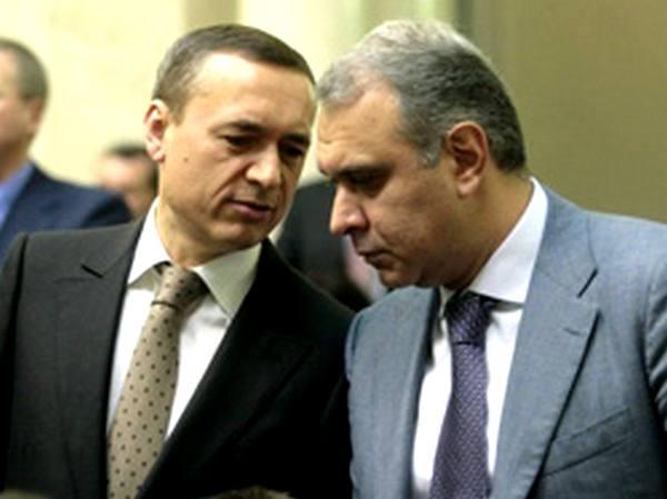 ФСБшный проект? Почему в деле о «взятке Мартыненко» появился след Жвании и «вышек Бойко»