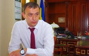 Президент «протягивает» на антикоррупционного прокурора своего человека?
