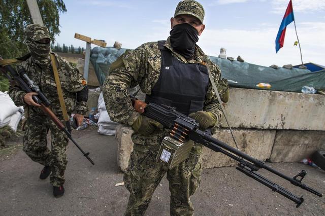 Почему ДНР и ЛНР стали стрелять без команды Кремля