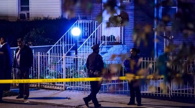 В Бронксе убили беременную женщину и достали ребенка, разрезав живот