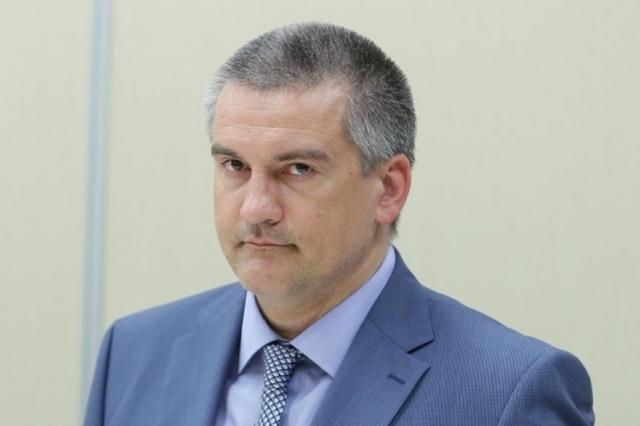 Аксенов призвал крымчан готовиться к худшему - электричества не будет вплоть до Нового года