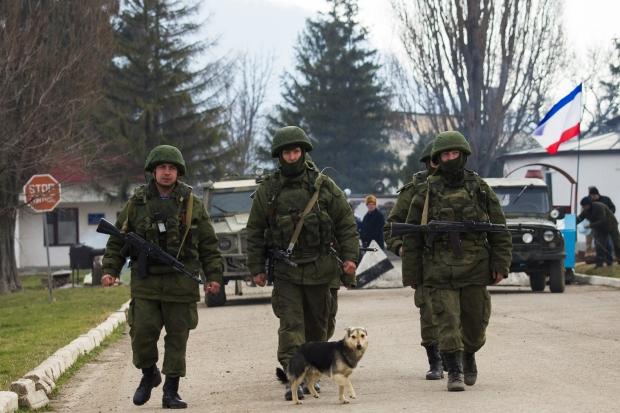 Росія терміново посилює своє наступальне угрупування у північному Криму - РНБО