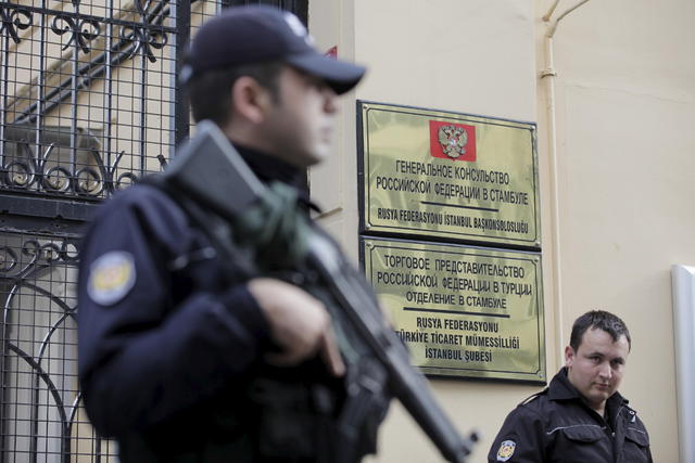Ситуация наколется до предела! После заявлений Путина о СУ-24, турецкий спецназ оцепил консульство России в Стамбуле