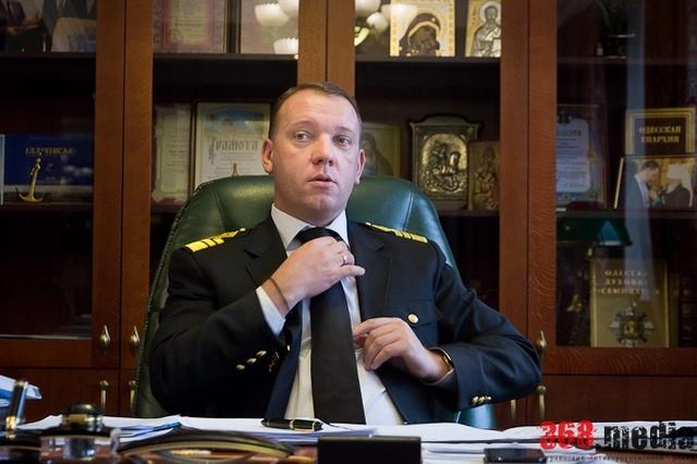 Руководство Ильичевского порта подозревают в краже трех миллионов гривен