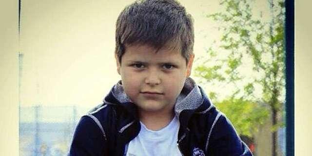 Восьмилетнему сыну Кадырова подарили элитный Merсedes