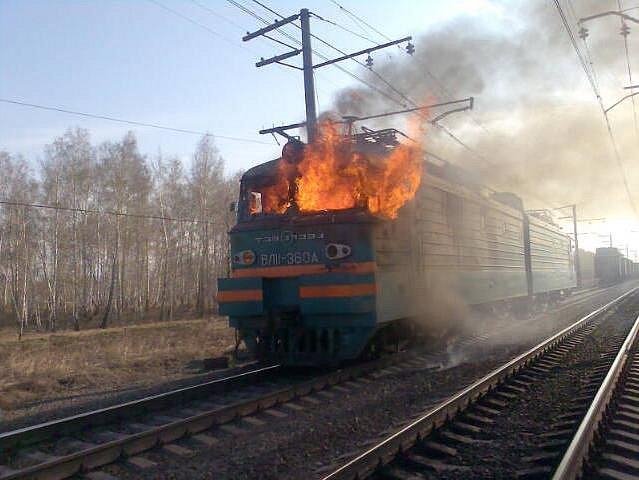Голышев: Путинский поезд прибывает на станцию «Дно»