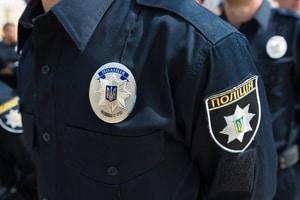 Скандал в Киеве: полиция оставила водителя без штанов