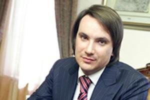 Суд отказал в заочном осуждении экс-помощника Януковича за хищение 620 миллионов