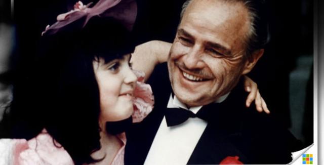 Как Марлон Брандо отказался принять Оскара за «Крёстного отца» и почему он так поступил