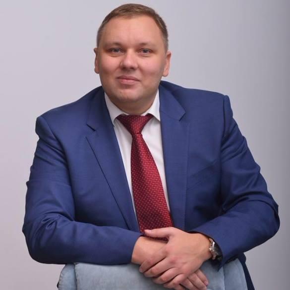 Топ-менеджера «Нафтогаза» подозревают в давлении на Абромавичуса