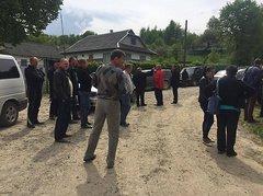 Министра экологии заблокировали на Прикарпатье