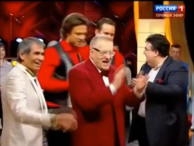 Полностью пьяный Жириновский взорвал интернет как пел и плясал в прямом эфире под хит «Путин ху*ло»