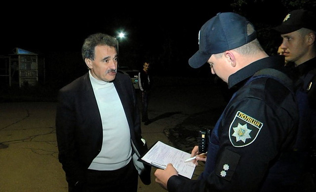 В Одессе пьяный судья Виктор Пысляр пытался сбежать от патрульных
