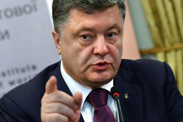 Порошенко через украинский суд доказал, что войны с Россией нет