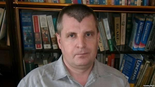 Илья Франк: «Уезжаю из-за нацистской атмосферы»