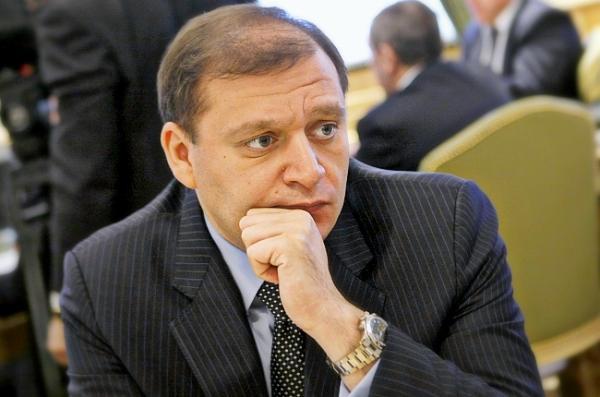 Авакова обязали охранять семью соратника Януковича