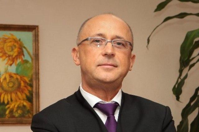 Как фармбизнесмен Валерий Кондрук вошел в рейтинг FORBES, кинув Украину: банкротство ООО Артур-К и Фармпланета