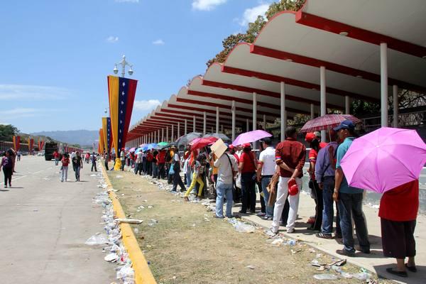 Тотальный крах «бензоколонки»: 5 ключевых ошибок Венесуэлы
