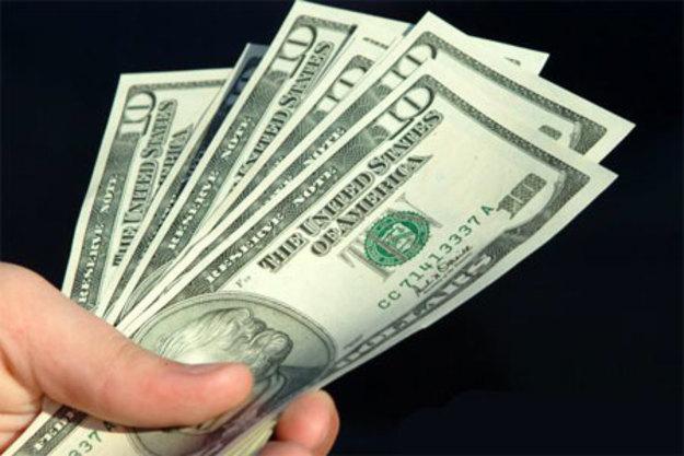 Прощание с «заначками»: с начала года украинцы сдали валюты на $1 миллиард больше, чем купили