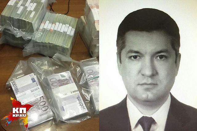 При обыске у топ-менеджера Росрезерва по СФО нашли 100 миллионов, коллекцию дорогих ружей и автопарк из 8 машин
