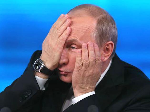 Путин отчаянно ищет миллиарды