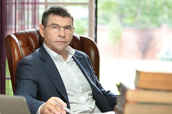 Деньги на АТО разворовываются с помощью банка Сергея Думчева