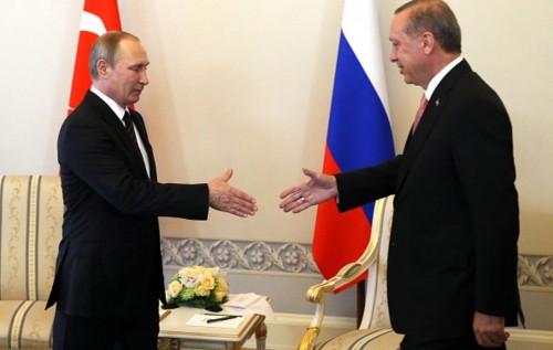 Bloomberg: Чего Путин хочет, но не получает от Эрдогана