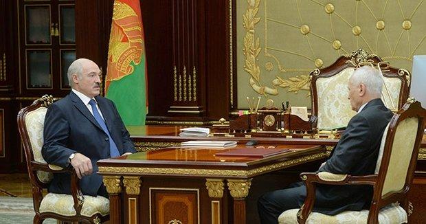 Лукашенко разгромил позицию России в газовом споре и блокировке белорусских продуктов: Это край!
